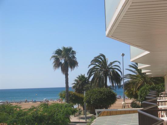 Hotel Rovira: Balcony view