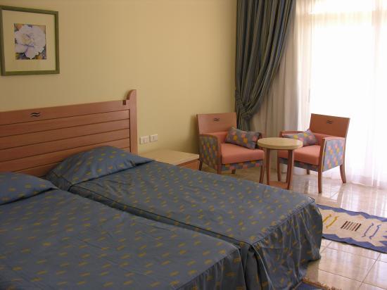Royal Lagoons Resort: room