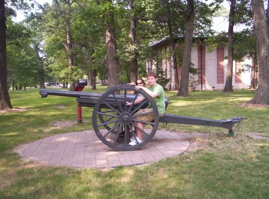 First Division Museum at Cantigny : Grounds Surrounding Museum
