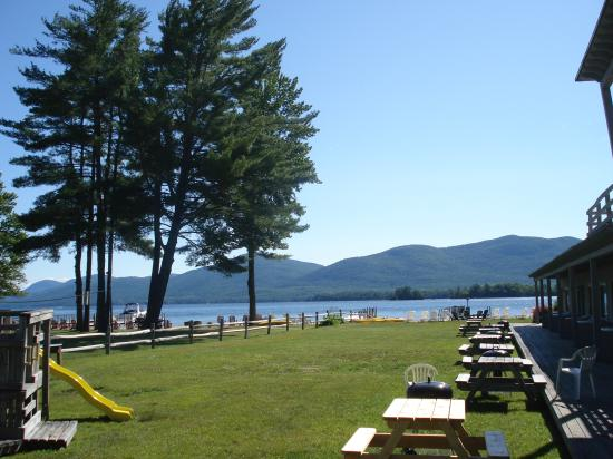 Golden Sands Resort on Lake George : view from lawn, rooms on right