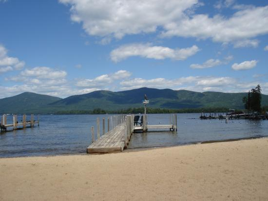 Golden Sands Resort on Lake George: beach and dock for boats