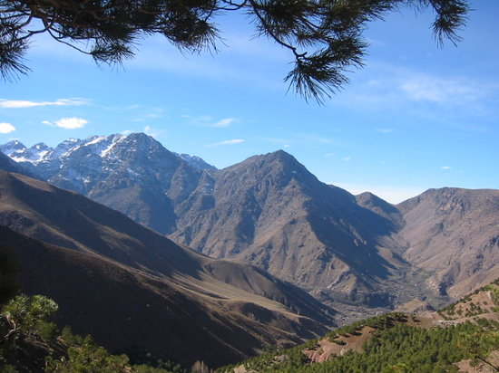Kasbah Du Toubkal : A view from our hike