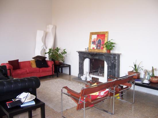 Wallace's Arthouse Spoleto : Wallace's Sitting Room