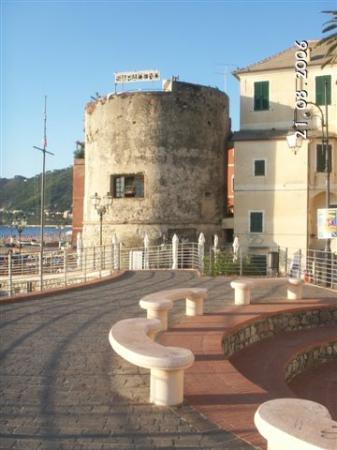Laigueglia, İtalya: il bastione