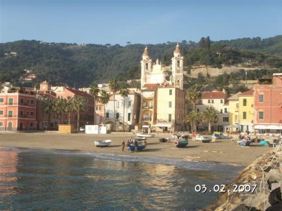 Laigueglia, Italien: dal molo