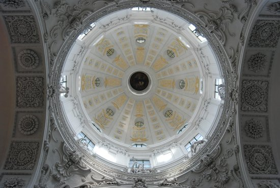 Theatinerkirche St. Kajetan: Ceiling dome