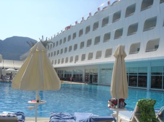 Queen Elizabeth Elite Suite Hotel & Spa : hotel