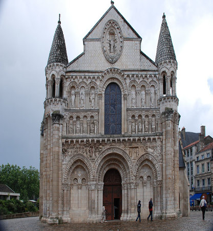 Poitiers, Frankreich: Eglise Notre-Dame-la-Grande