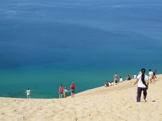 Glen Arbor, MI: Sleeping Bear Dunes tour drive 400 foot dune above Lake Michigan