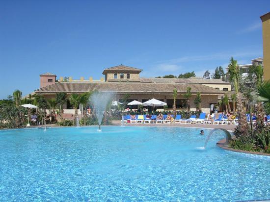 Best Alcazar: vista piscinas