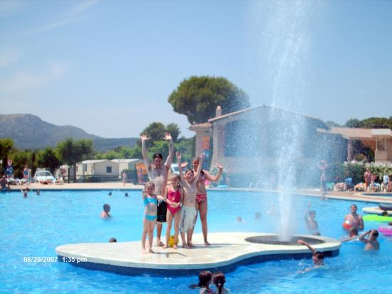 Camping Castell Montgri : The panorama pool