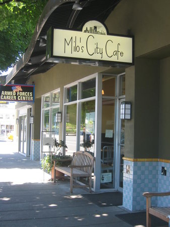 Milo's City Cafe