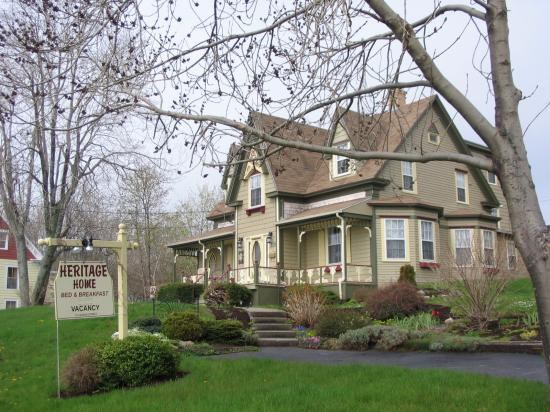 Heritage Home Bed and Breakfast: Heritage Home B&B