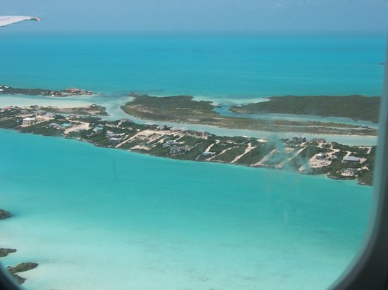Islas Turcas y Caicos: Approaching Turks and Caicos 1