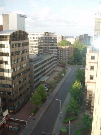 Jurys Inn London Croydon: View from hotel room window
