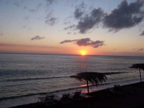 Saint-Christophe : Sunset in St. Kitts