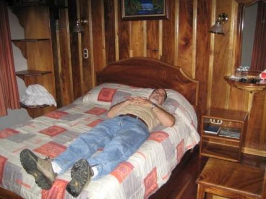 Hotel Las Orquideas: our room