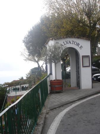 Hotel Da Salvatore: the entrance