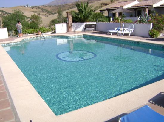 Cortijo Valverde: The Pool View