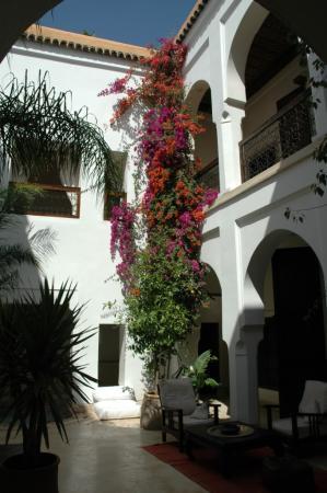 Riad Mabrouka Marrakech: Le grand patio