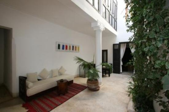 Riad Mabrouka Marrakech: Le patio privé de Bamako notre chambre
