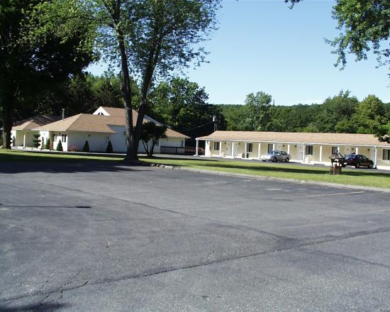 The Rocky River Inn: Rocky River Motel's Newest Wing