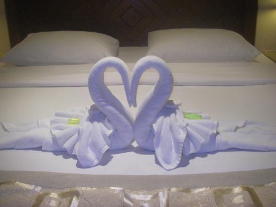 Pacific Club Resort : that towel arrangement