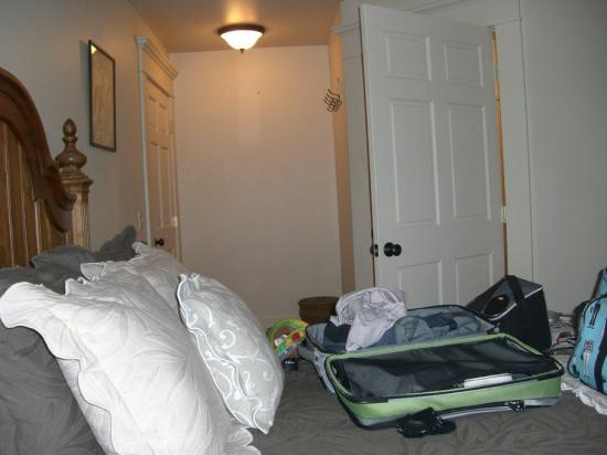 Big Moose Inn, Cabins & Campground : bedroom of suite 4