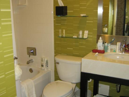 Hyatt Place San Jose/Downtown : bathroom