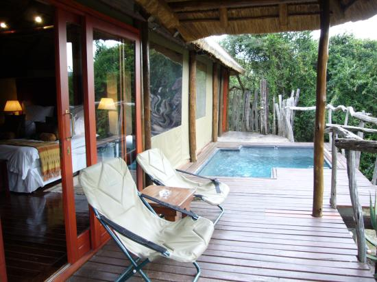 Shamwari Game Reserve Lodges: Plunge Pool and Outdoor shower!