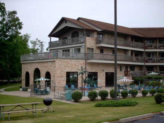 Aloha Beach Resort & Suites: Main Hotel