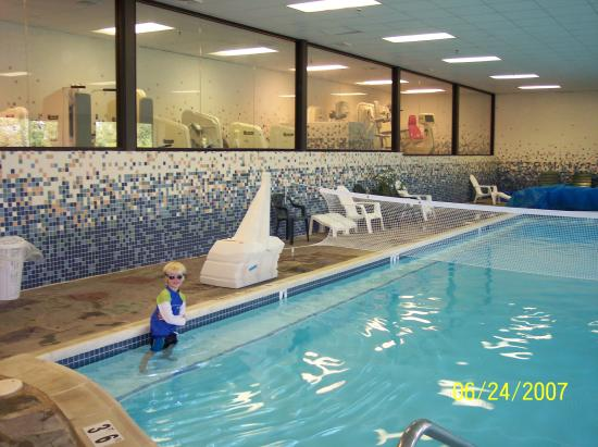 indoor pool picture of pocono manor resort spa pocono. Black Bedroom Furniture Sets. Home Design Ideas
