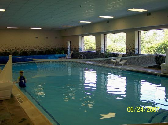Indoor Pool - Picture of Pocono Manor Resort & Spa, Pocono Manor ...