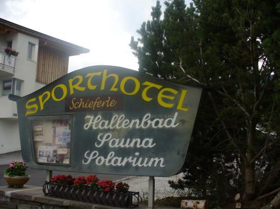 Sporthotel Schieferle: Hotel Entrance