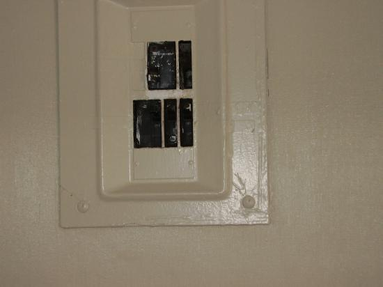 Open Fuse Box House - Wiring Diagrams Open Fuse Box House on
