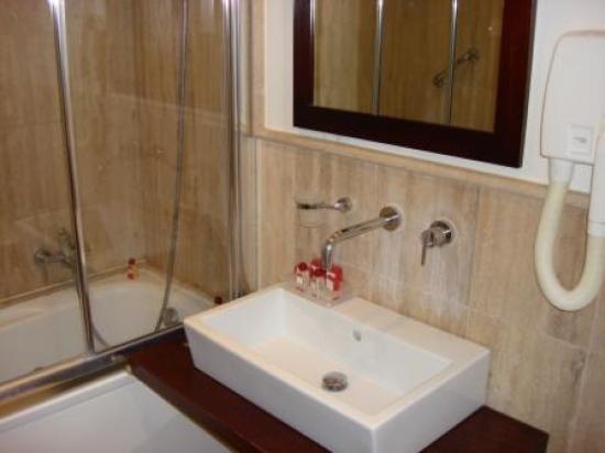 Residenza Argentina : Bathroom