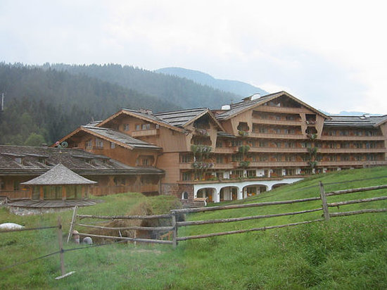 Biohotel Stanglwirt: Front view