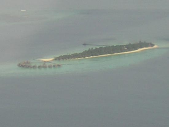 Komandoo Maldives Island Resort: View from seaplane