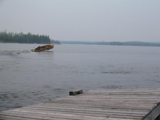 Errington's Wilderness Island Resort : Boot