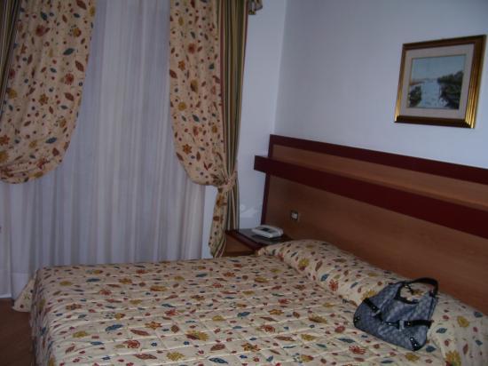 Cavalieri Palace: Room