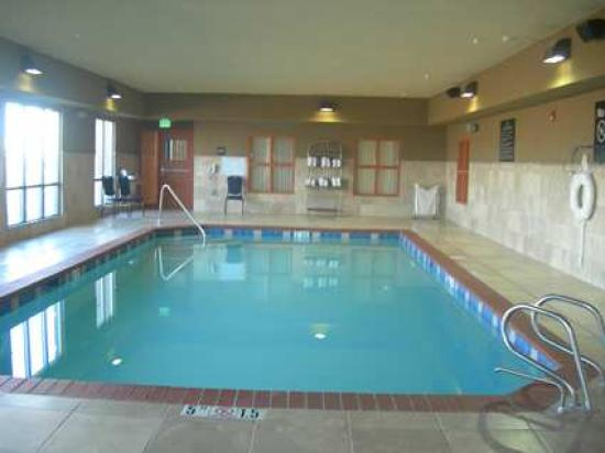Hampton Inn & Suites Albuquerque - Coors Road: indoor pool
