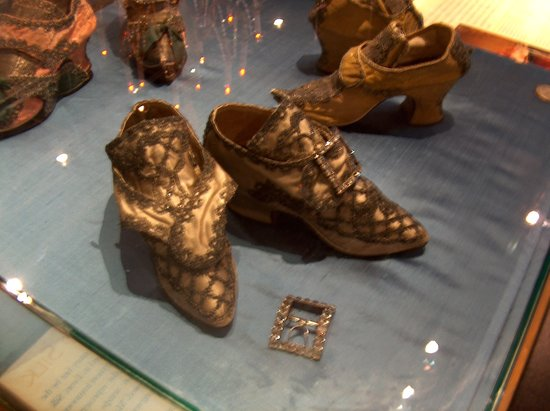 Bata Shoe Museum: Shoes from France, circa. 1750