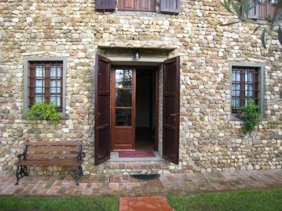 Villa Le Torri: Le Torri Entrance