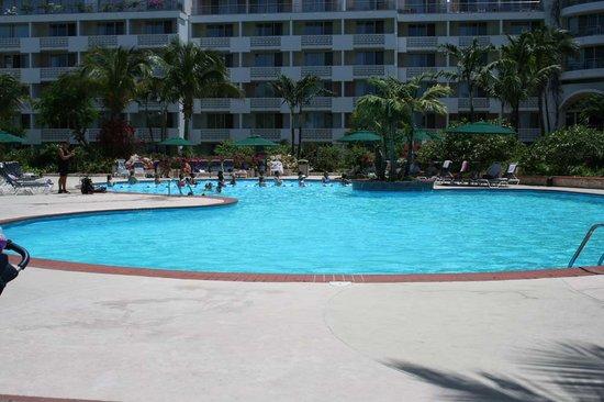 Royal Islander Club La Plage : Pool