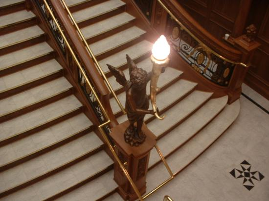 Titanic Museum: The staircase cherub.