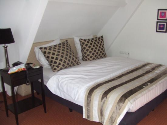 Quartier Du Port: bedroom