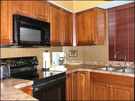 Beachside Towers at Sandestin: Kitchen