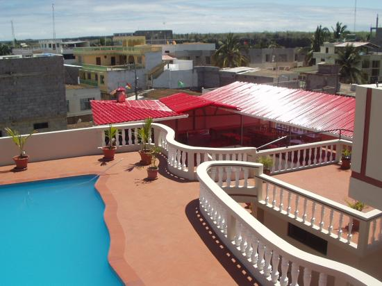 Hotel Red Booby: View from the roof (with part of the pool)