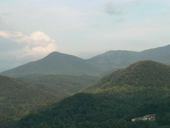 Days Inn Pigeon Forge South: The Mountains