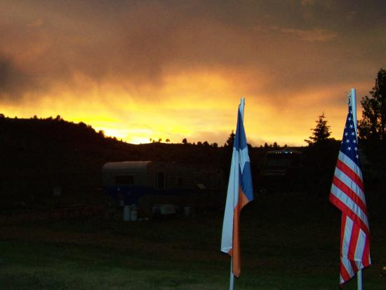 Cripple Creek Hospitality House & Travel Park: July 3 2007 Sunset